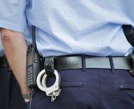 שוטר היכה צעיר שהואשם בגניבה
